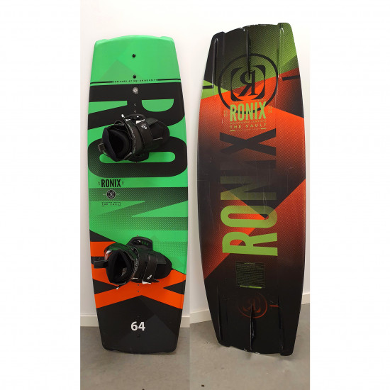 Ronix Vault Boat board with boot used